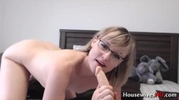 Squirting cougar Star Angel with hairy pubis and glasses