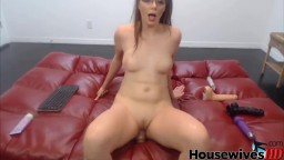 Moaning ball drainer Kiera with high heels and glasses