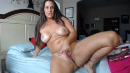 Model MILF with sexy curvy body ready to get super naughty
