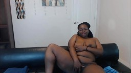Sexy black mother Simone with a huge fat ass enjoys vibe