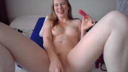 Canadian MILF Naomi Rose with hot white booty gets cum