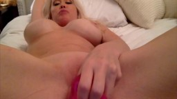 Blonde madame Marvel wants to be your personal cumslut