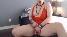 Aussie housewife Brandy Rose with huge squirting fountain
