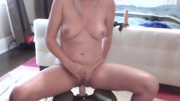 Old blonde Velvet Skye drinks her squirting eruption