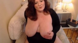 54yo BBW with creamy pussy fulfils her sexual desires
