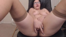 Curvy domintrix Ann in glasses squirting bushy pussy
