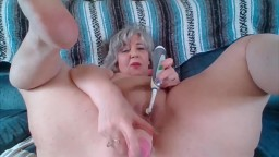 Squirting old Goddess with a lot of sexual experience