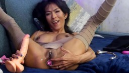 Asian anorexic cougar Ravena Rey with pierced vagina