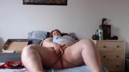 Lonely BBW does naughty things when husbands away