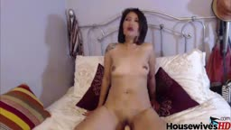 Pinay mature mommy Lizveth with sensual body and deep throat