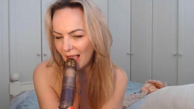 Cougar Charlotte Rose doesn't mind licking a toy after her ass