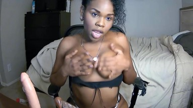 Goddess Victoria Jas gets dirty when she takes off her clothes