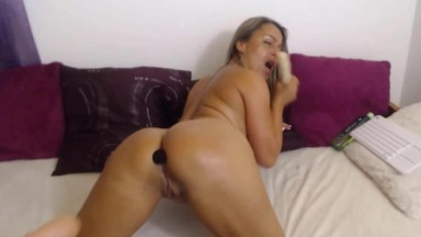 Boobsy housewife Kelly to make you cum hard in no time