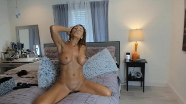 51 yo cougar Birdy Jay to surprise you with her hot fit body