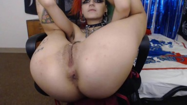 Inked Emerald Star got ready to be your kinky little slut