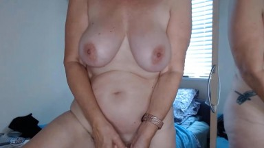 Curvy GILF Emily English for your pleasure and endless fun
