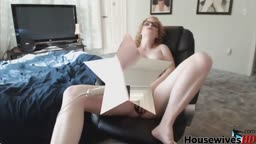Curly red-haired MILF Robin Banx with amazing huge boobs