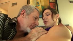 Petite cum eater Sadie Holmes owns a cock of an older men